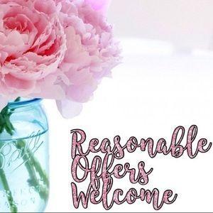 Reasonable Offers Always Welcome 🌸